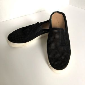 Universal Thread Black Perforated Slip-on Flats